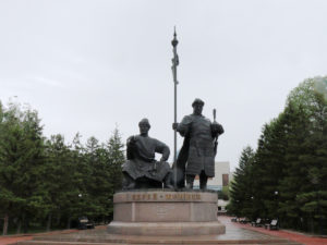 Monument der Khans Kerei und Janibek